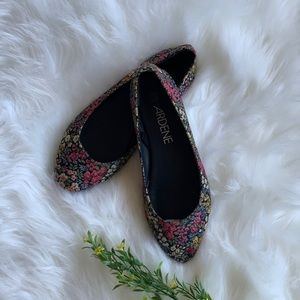 SPRING FLORAL POINTY CANVAS FLATS | FLOWERS PRINT